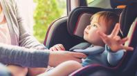 enfant, siège-auto, mains, parent