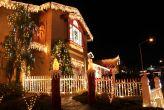 Maison illuminée à l'occasion de Noël