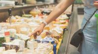 Rappels produits : des fromages contaminés aux salmonelles, présence de Listeria dans des truites estampillées AB et débris de verre dans des biscuits bio