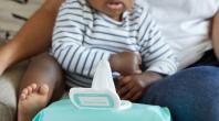 Phénoxyéthanol dans les lingettes : un étiquetage obligatoire pour informer les jeunes parents