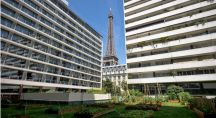 Le jardin potager de la brasserie Frame, dans le XVe arrondissement de Paris