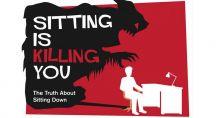 Le mort qui guête une personne assise sur une chaise de bureau