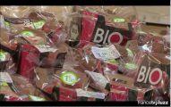 des tomates bio sous sachets provenant d'un magasin de grande surface