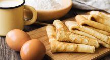 des oeufs, de la farine, du lait et des crêpes pour la Chandeleur