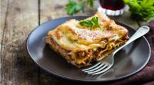 une part de lasagne