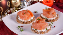 Tarama, surimi, binis, attention aux produits transformés à Noël