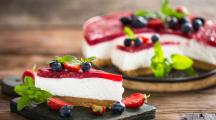 Moins sucrées, sans colorant chimique : certaines pâtisseries jouent aussi la carte du naturel