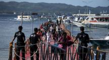 """L'île """"fosse sceptique"""" de Boracay rouverte aux touristes avec de nouvelles règles"""