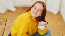 Femme et café