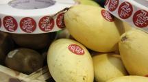 Stixfresh   l'autocollant permet de conserver les fruits plus longtemps