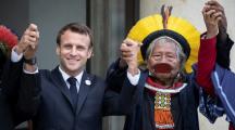 Emmanuel Macron et le chef indien Raoni