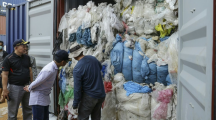 L'Indonésie va renvoyer plusieurs tonnes de déchets en France, aux Etats-Unis et en Australie