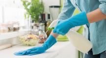 Produits ménagers : 60 millions de consommateurs lance une pétition contre les substances chimiques toxiques