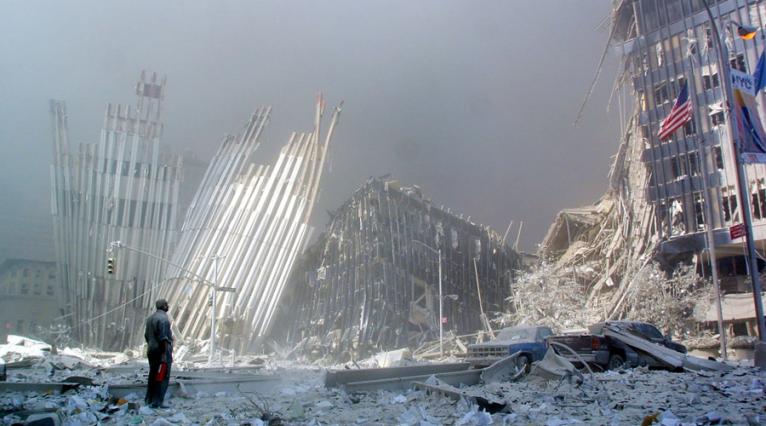 Attentat du 11 Septembre : le nuage de fumée toxique libéré, à l'origine de cancers ?