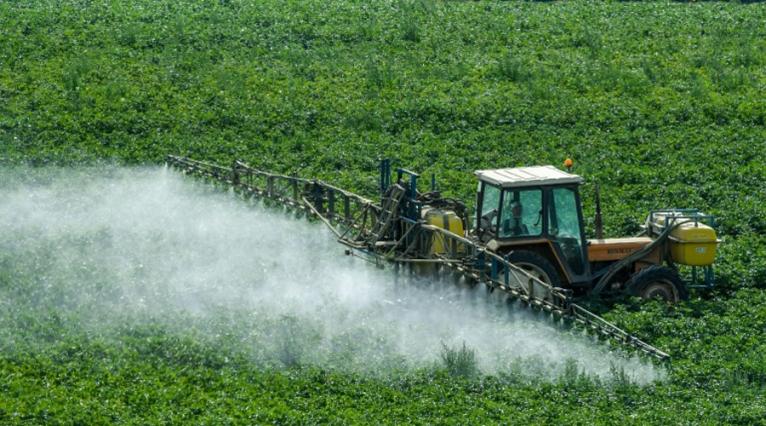 Ce maire a pris un arrêté pro-pesticides