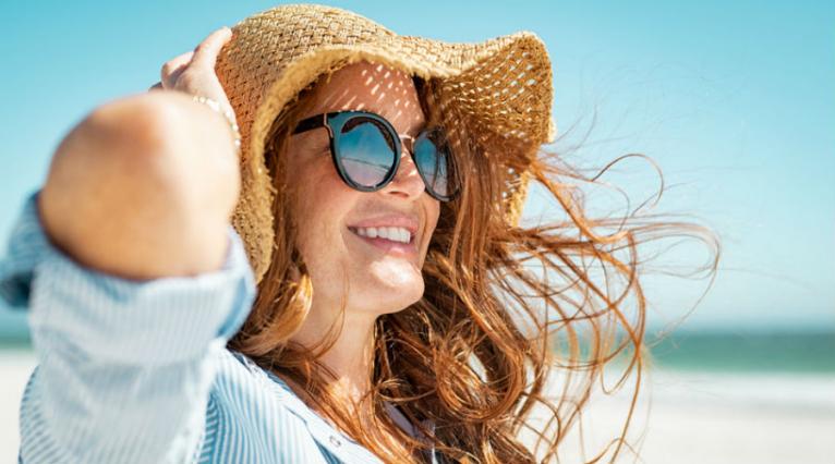 Recettes naturelles pour retrouver de beaux cheveux après la plage