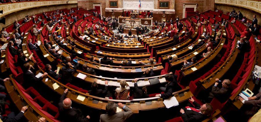 Vue panoramique de l'hémicycle de l'Assemblée nationale