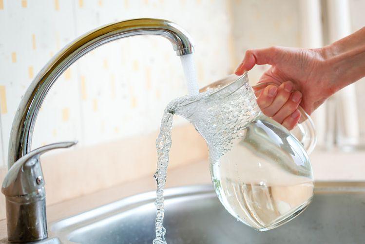 France : la qualité de l'eau du robinet s'améliore malgré une répartition inégale