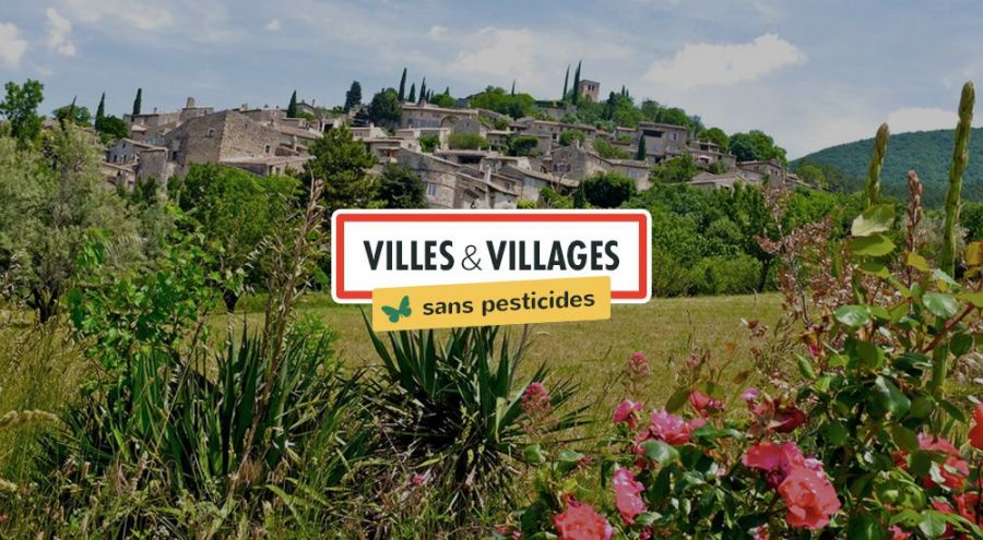 Vue d'ensemble d'un village du sud de la France