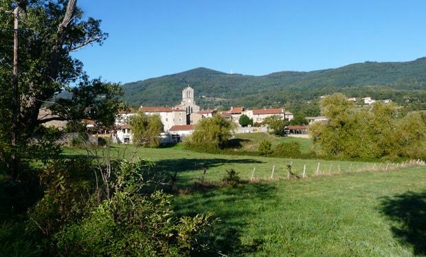 une photo de la ville de Roisey, la ville la moins polluée de France