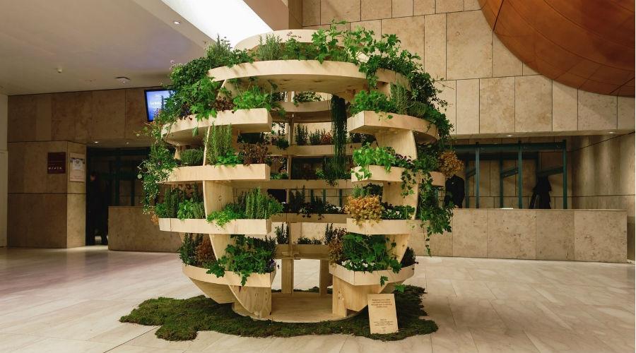 Growroom, une jardinière d'intérieur sphérique en kit à construire soi-même