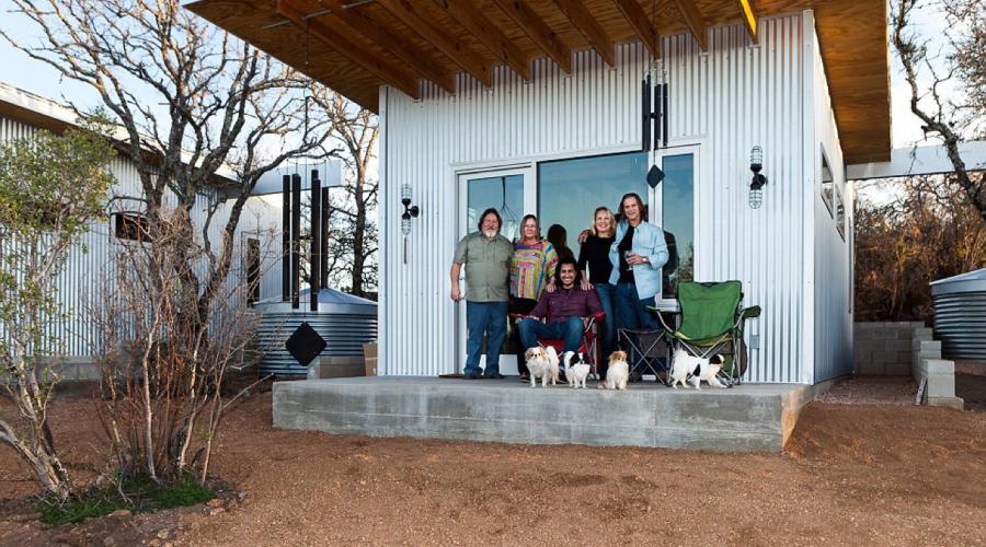 photo d'un groupe d'amis dans un lieu qui défend la nature