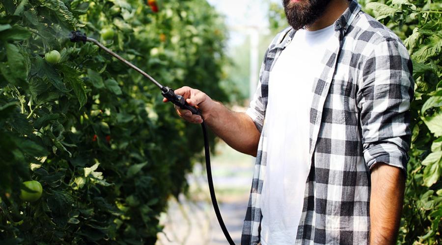 Agriculteur et pesticides