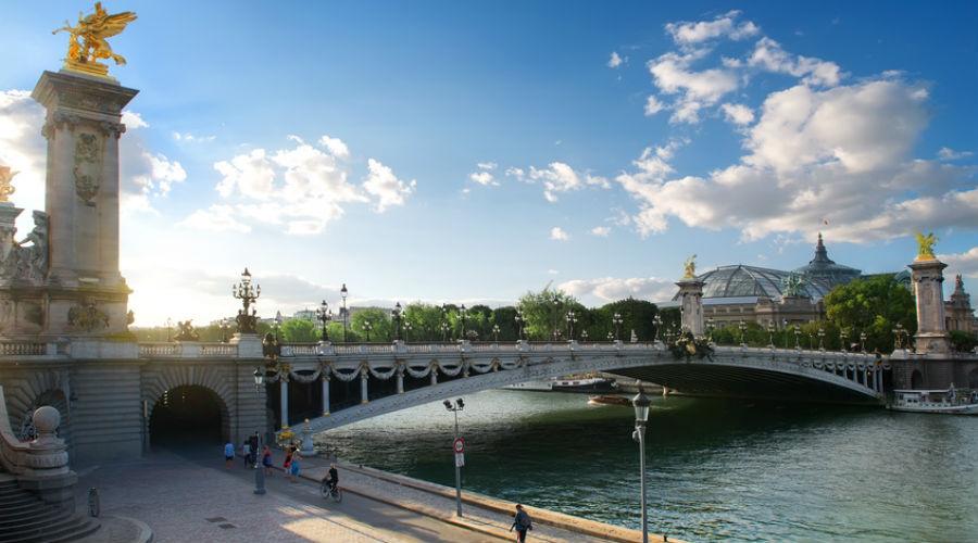 Le chef étoilé du George V invite les Parisiens à nettoyer les berges de Seine à ses côtés le 26 mai