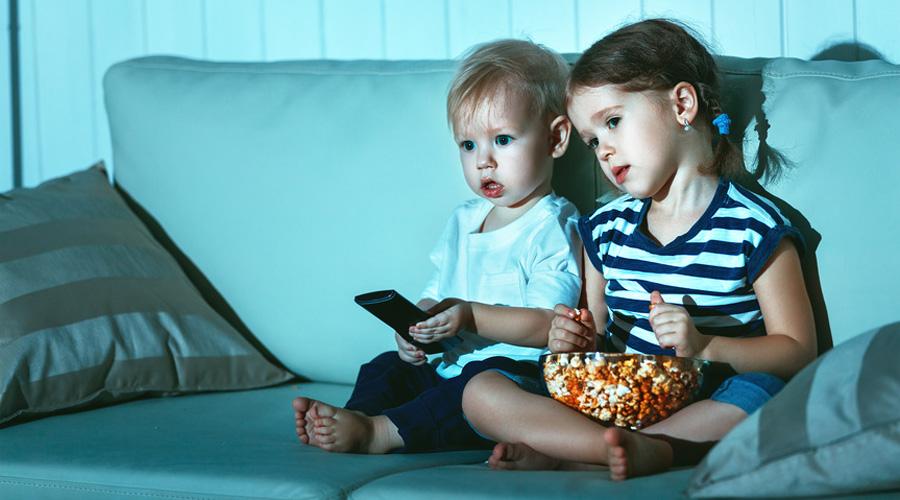 enfant télé écran
