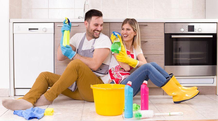 couple tâches ménagère