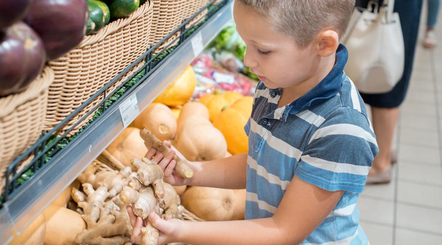 Paris : des produits bio à petits prix pour les familles modestes