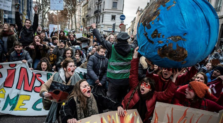 Climat : 1,5 million de soutiens à un recours contre l'Etat français, un record