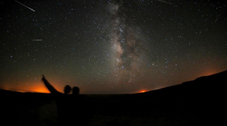 De mystérieuses ondes radio cosmiques détectées dans l'espace