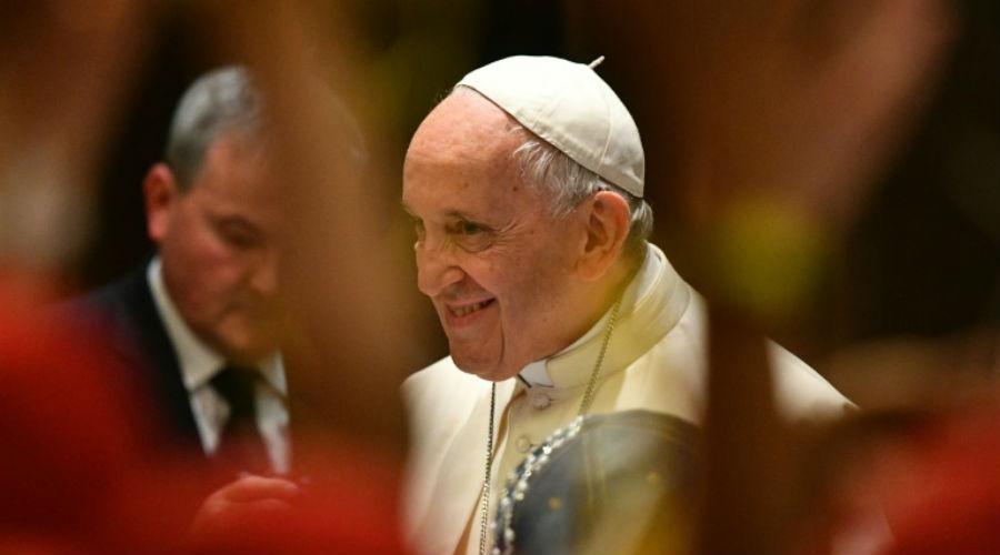 Le Pape prié d'être vegan pour un million de dollars !