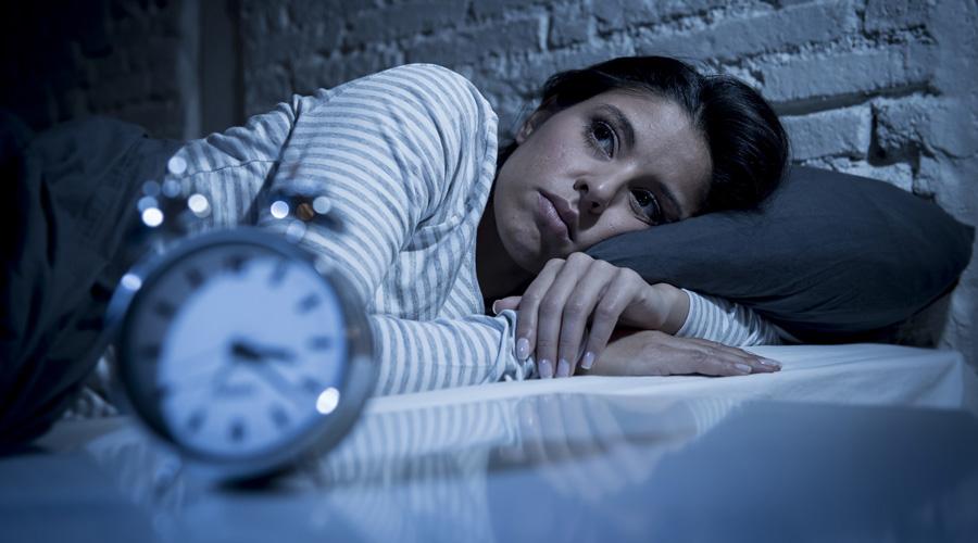 femme insomnie