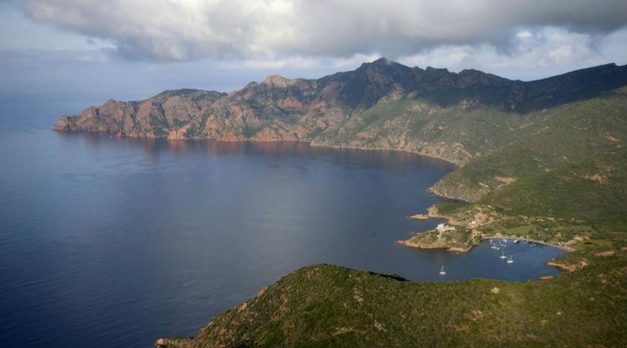 Corse : 9 associations demandent à François de Rugy de protéger la réserve de Scandola