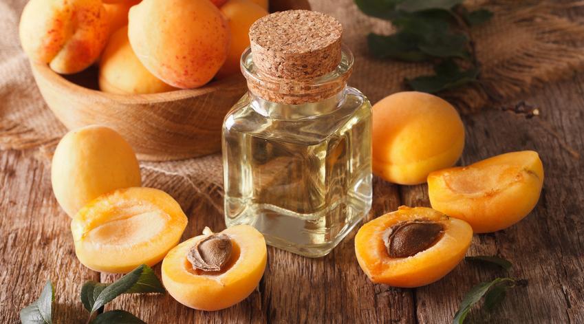 L'huile de noyaux d'abricot est excellente pour la peau.