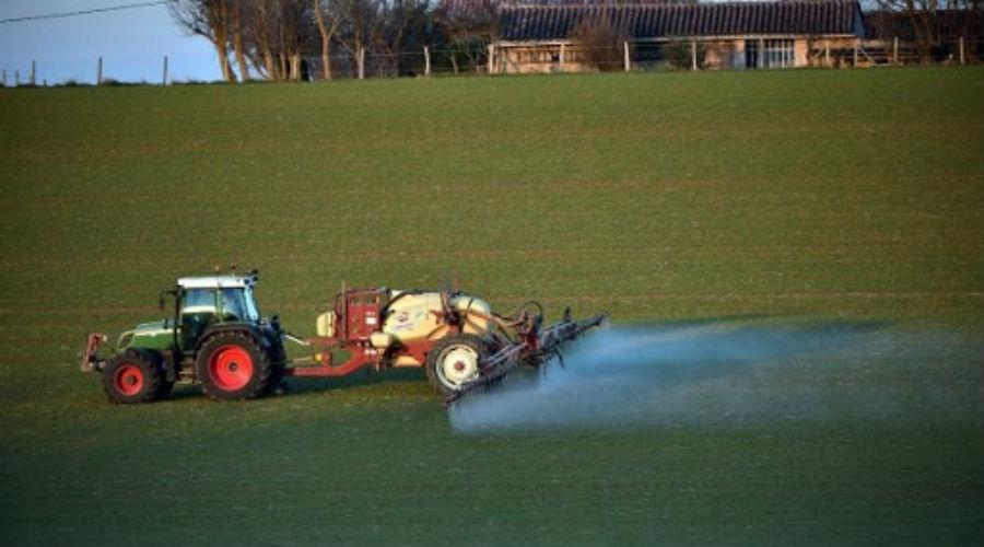 Le quart des pesticides utilisés aux Etats-Unis sont interdits en Europe