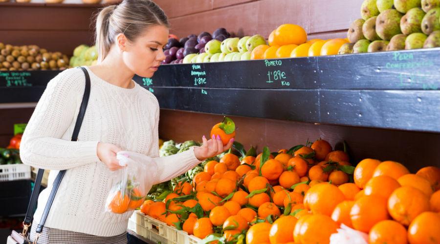 Attention aux oranges et citrons européens, avertit l'Anses