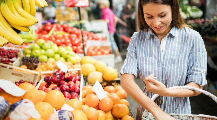 Régime alimentaire, consommation d'alcool, impact carbone : quelles différences entre le consommateur bio et non bio ?