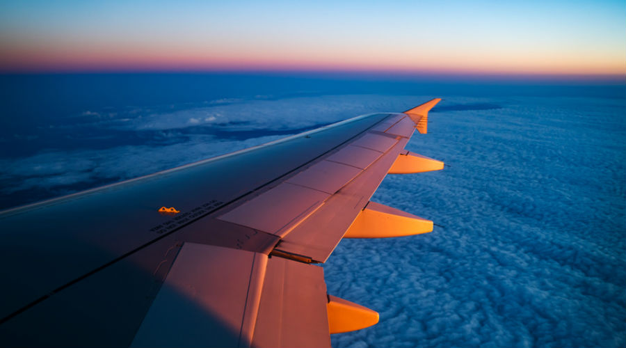 Une écotaxe sur les billets d'avion : le consommateur devra-t-il payer la facture ?
