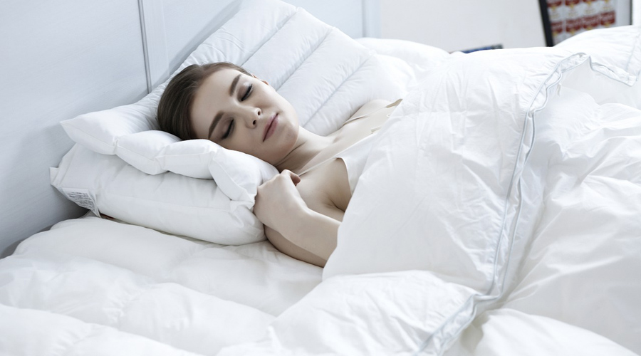 Les couettes et oreillers en plume peuvent affecter les poumons !