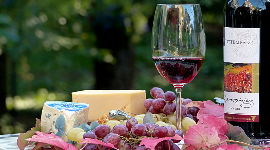 fromage et vin rouge