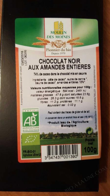 Chocolat noir 74% bio aux amandes entieres - 100g
