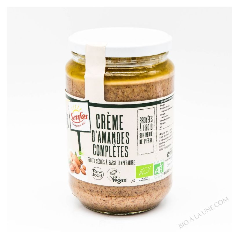 CRÈME D'AMANDES COMPLÈTES - 700G