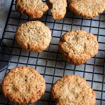 Cookies avoine, noisettes & abricots