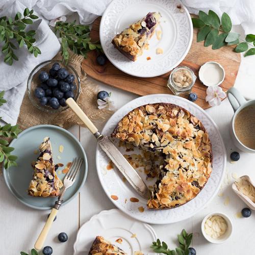 tarte aux amandes et à la myrtille
